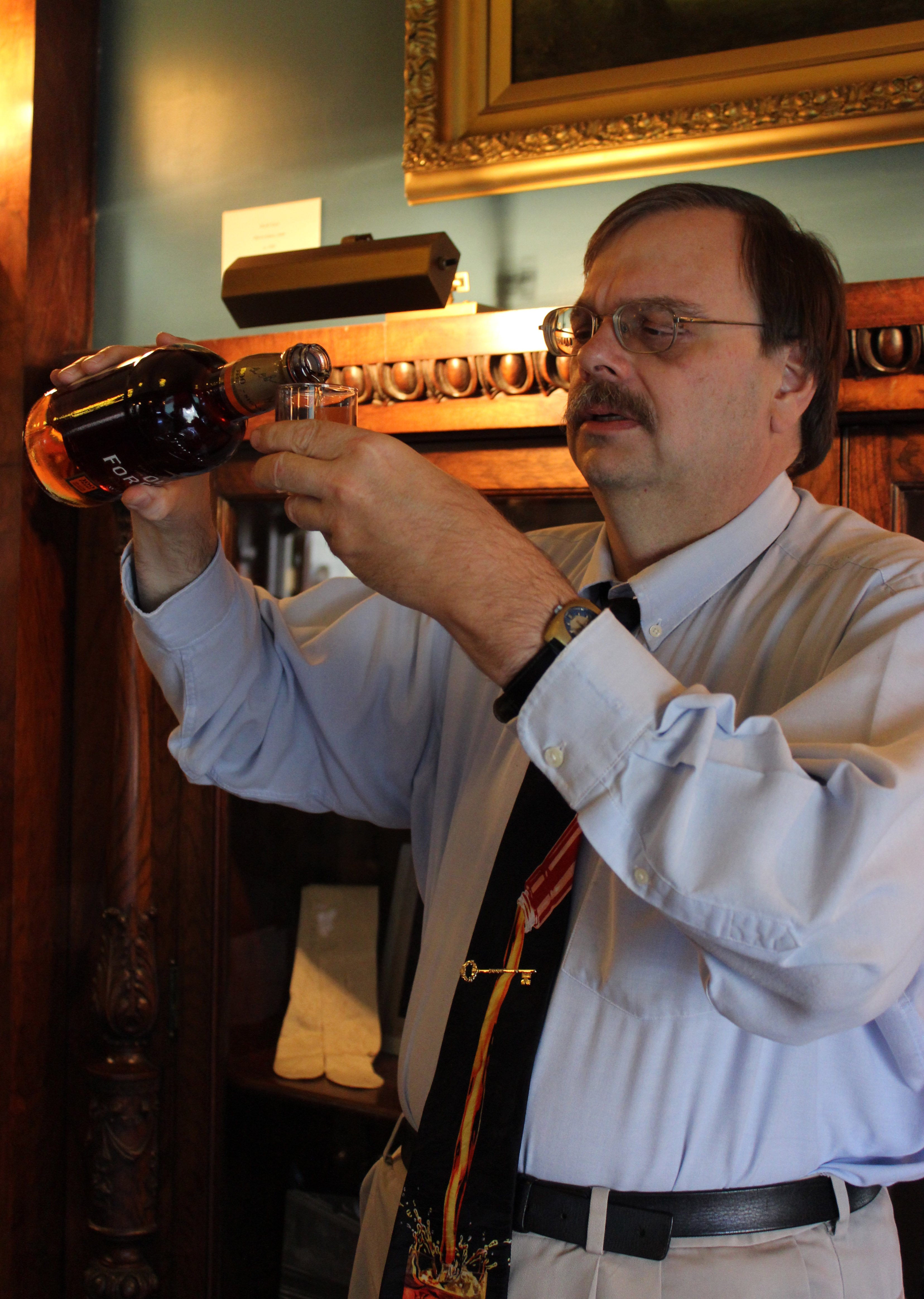 Mike Veach, bourbon historian, gave a talk on bourbon history and led the group through a tasting of the bourbons and whiskeys.